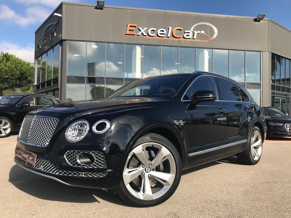 https://www.excelcar66.com/catalogue-fiche/7-573-bentley-bentayga-v8-diesel-435-bva/