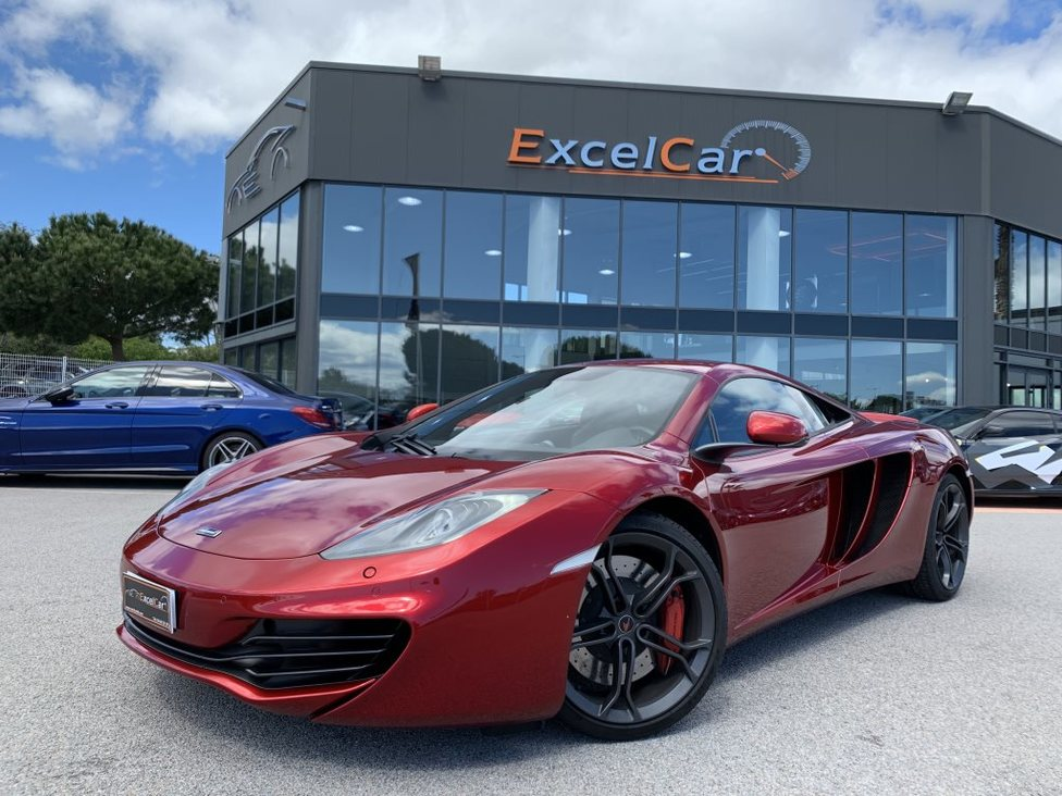 https://www.excelcar66.com/catalogue-fiche/12-708-mc-laren-mp4-12c-coupe-38-twin-turbo-625/