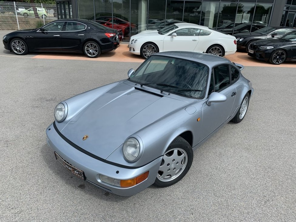 PORSCHE 911 (964) COUPE CARRERA 4