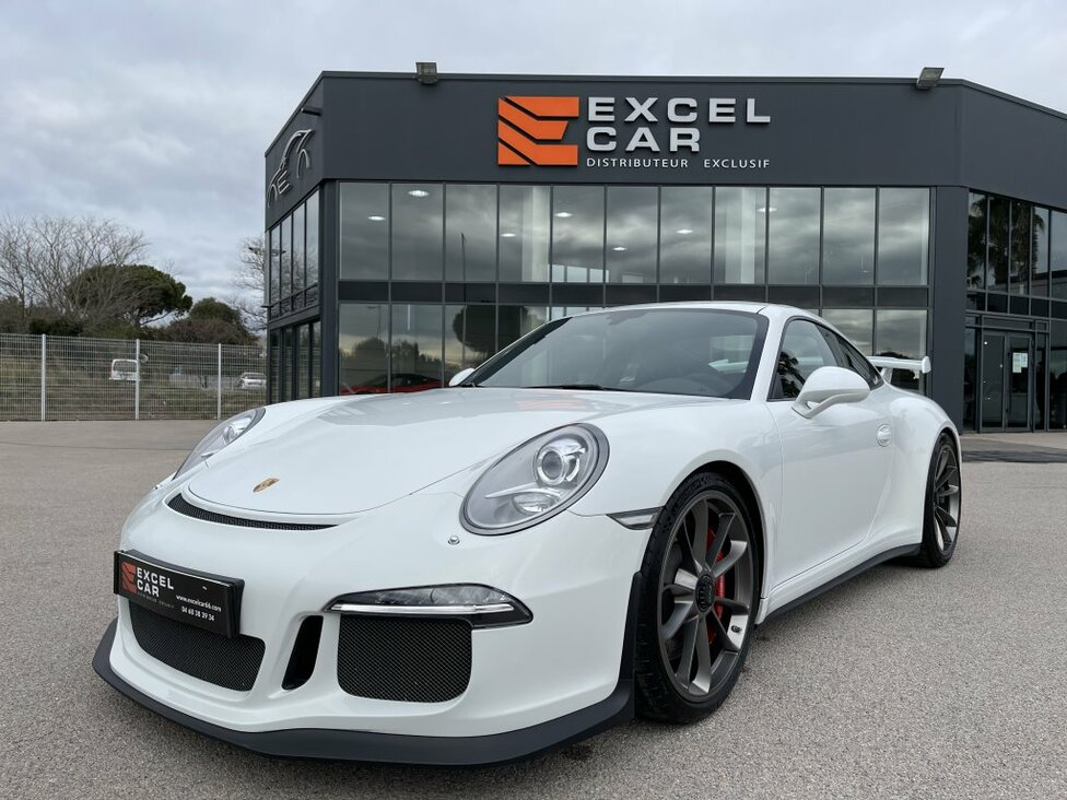 https://www.excelcar66.com/catalogue-fiche/15-1107-porsche-991-gt3-38/
