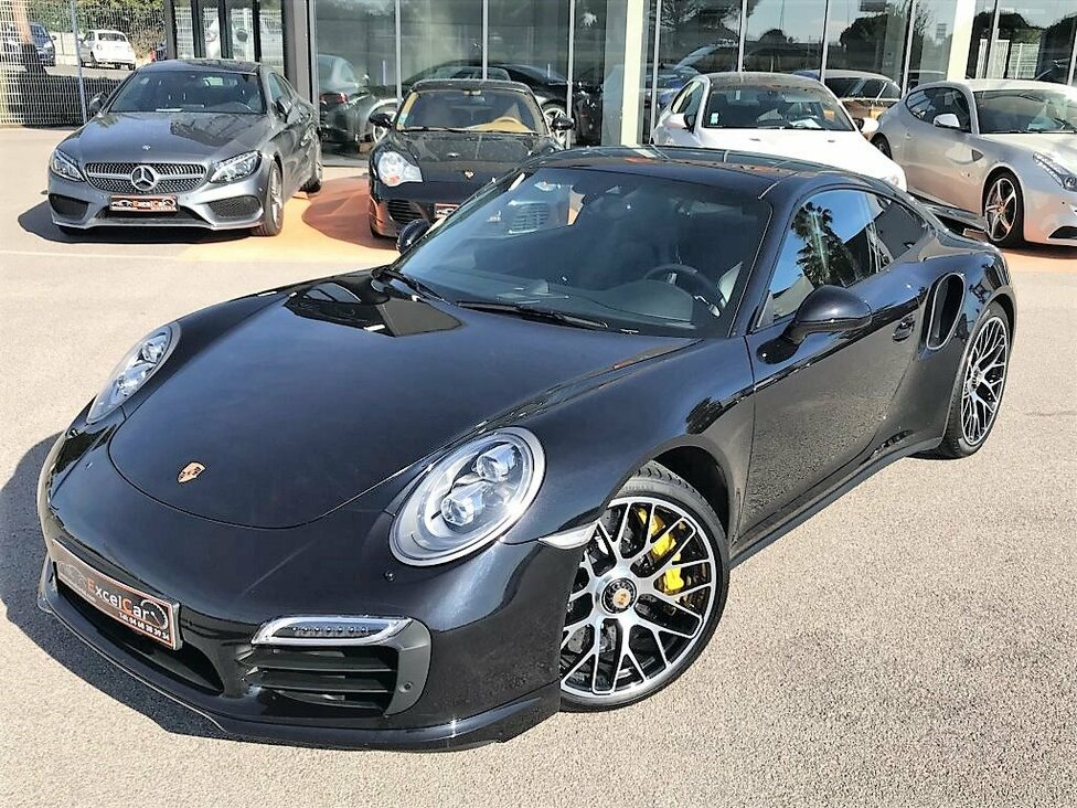 PORSCHE 991 COUPE TURBO S 560 PDK