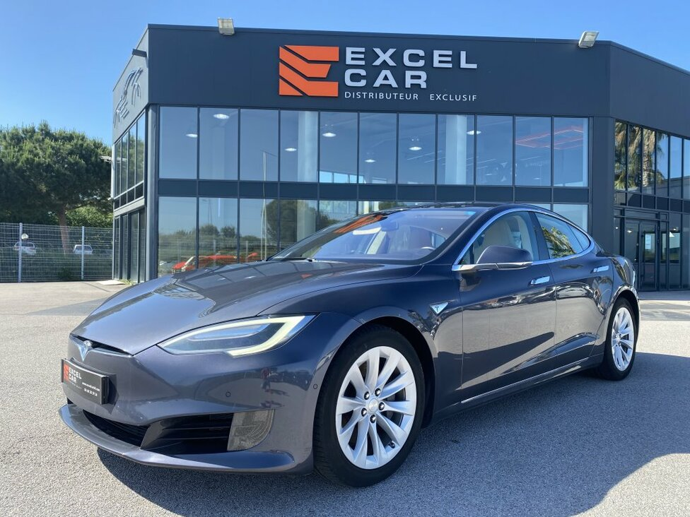 https://www.excelcar66.com/catalogue-fiche/43-668-tesla-model-s-90d-dual-motor/